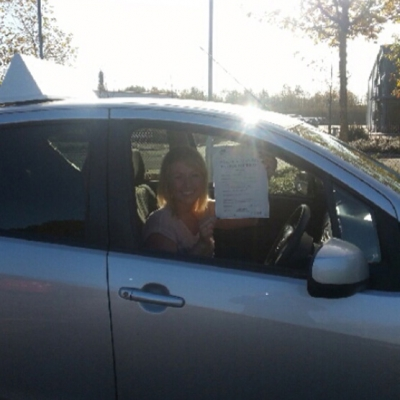 Image of Poppy Wilson with pass certificate - Revolution Driving School